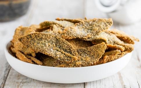 Preparazione Salvia fritta - Fase 3
