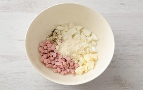 Preparazione Tagliatelle al prosciutto cotto e mozzarella - Fase 1