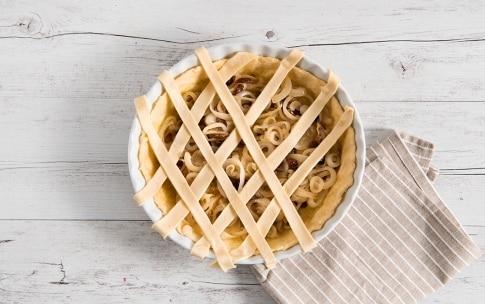 Preparazione Torta di cipolle - Fase 3