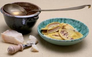Tortelloni in brodo