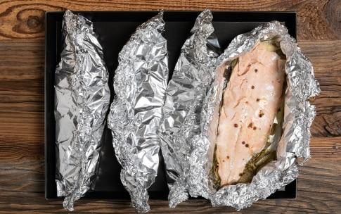 Preparazione Trota salmonata al cartoccio - Fase 3
