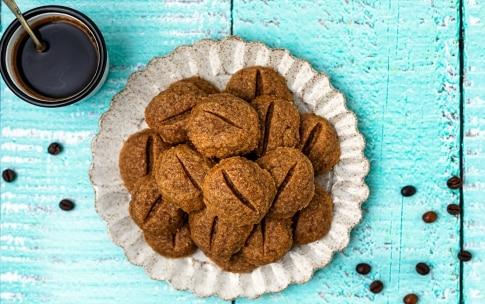 Preparazione Biscotti al caffè - Fase 3