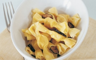 Caramelle alla crema di formaggio e tartufo