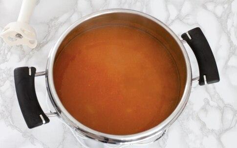 Preparazione Vellutata di carote alla paprika - Fase 1