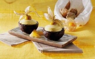 Cestini di cioccolato fondente ripieni di...
