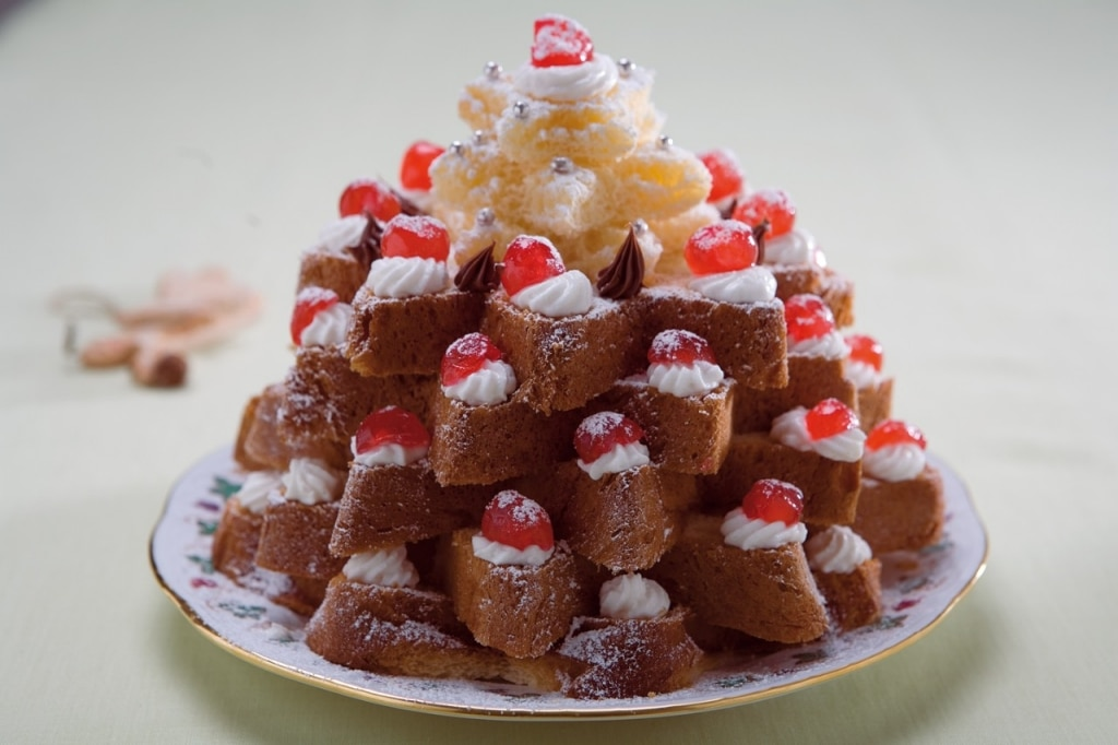 Pandoro di Natale con panna