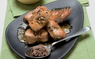 Coniglio con salsa al salame