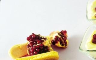 Crema al mascarpone, torrone e melograno
