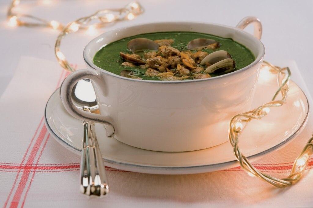 Crema di spinaci alle vongole