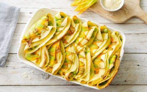Preparazione Crêpes agli asparagi e fiori di zucca - Fase 5