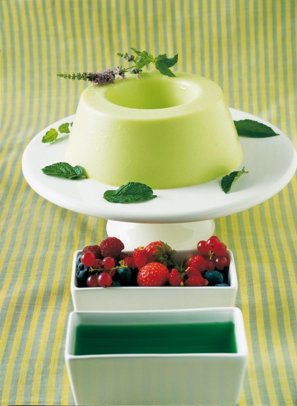 Budino verde ai frutti di bosco