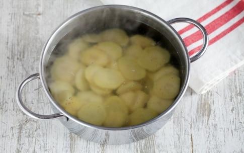 Preparazione Frittata di patate - Fase 1