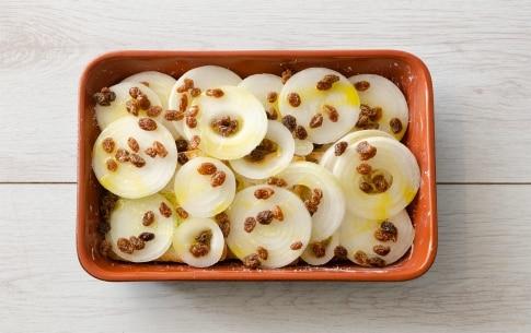 Preparazione Gratin di pancarré e cipolle bianche - Fase 3