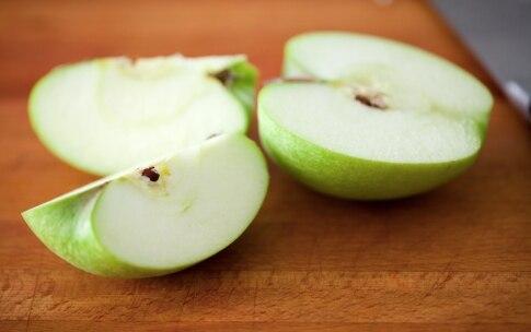 Preparazione Indivia riccia, mela e melagrana - Fase 3