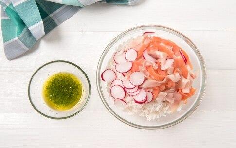 Preparazione Insalata di riso basmati, salmone e spada affumicati - Fase 2