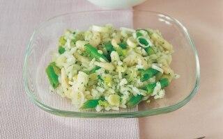 Insalata di riso, fagiolini e gamberetti