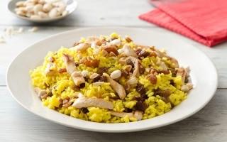 Insalata di riso e pollo con zenzero e...