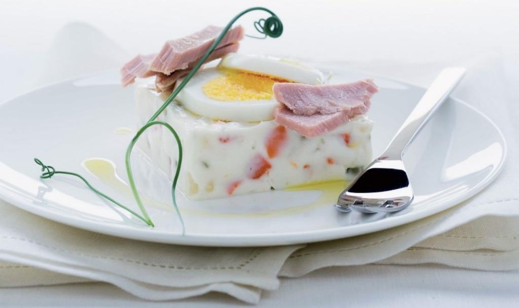 Insalata russa con tonno e uova