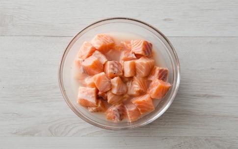 Preparazione Insalata di salmone e asparagi - Fase 2