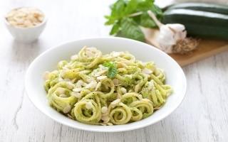 Linguine al pesto di zucchine...
