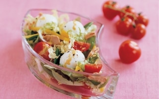 Mozzarelline, cicorino e tonno