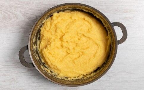 Preparazione Polenta pasticciata con sugo finto - Fase 2