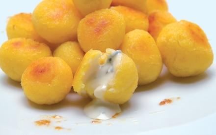 Polenta di patate farcita