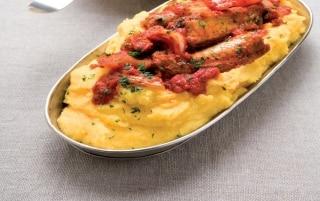 Polenta, spuntature e salsicce