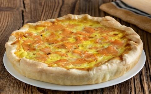 Ricetta Quiche Salmone E Zucchine.Ricetta Quiche Al Salmone E Porri Cucchiaio D Argento