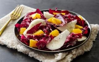 Radicchio rosso con pere e arance