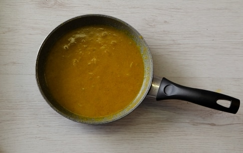 Preparazione Riso al curry con gamberi - Fase 3