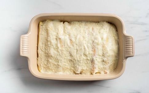 Preparazione Crêpes al prosciutto cotto e besciamella - Fase 4