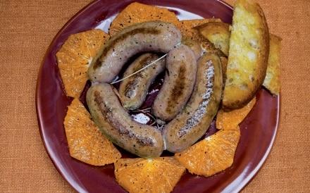 Salsiccia al finocchietto arance e pane