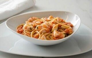 Spaghetti al sugo di scampi e capesante