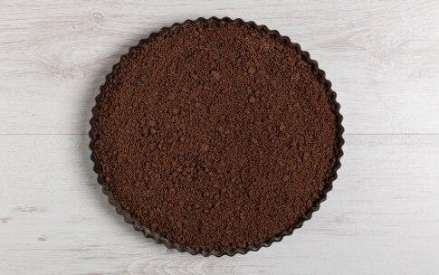 Preparazione Torta di briciole con crema - Fase 5