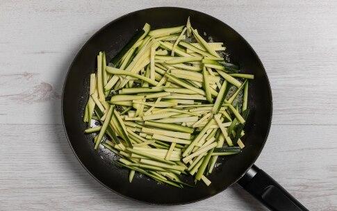 Preparazione Uova in camicia gratinate con zucchine - Fase 1