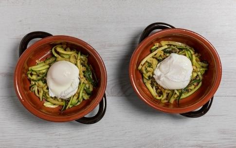 Preparazione Uova in camicia gratinate con zucchine - Fase 2