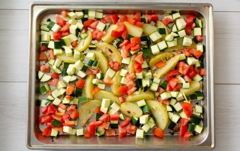 Preparazione Zucchine, patate e pomodori al forno - Fase 2
