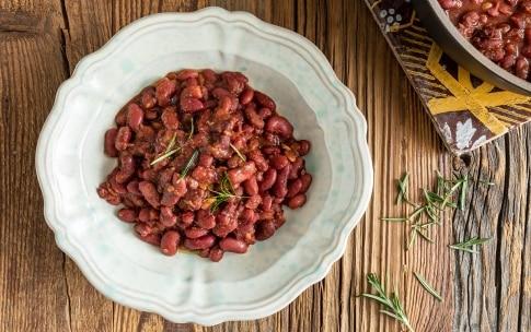 Preparazione Zuppa di fagioli e patate profumata al rosmarino - Fase 5