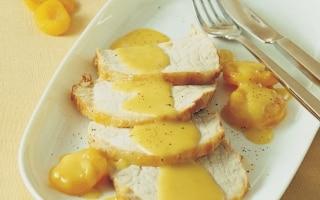 Arista con salsa alle albicocche
