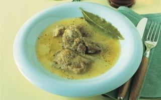 Costine cotte nel brodo di polenta