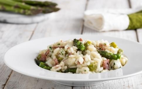 Preparazione Risotto con asparagi e pancetta - Fase 4