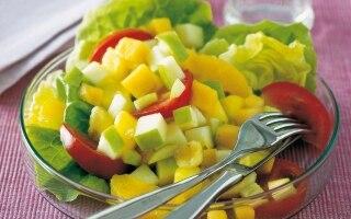 Insalata di lattuga e frutta mista - Stati...