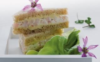 Sandwich integrali ai gamberetti