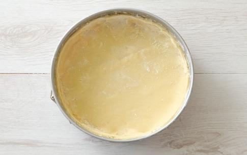 Preparazione Torta con porri e brie - Fase 1