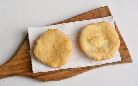 Preparazione Pizzelle con parmigiano - Fase 3
