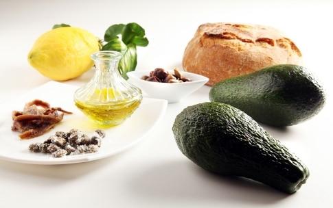 Preparazione Avocado piccanti - Fase 1