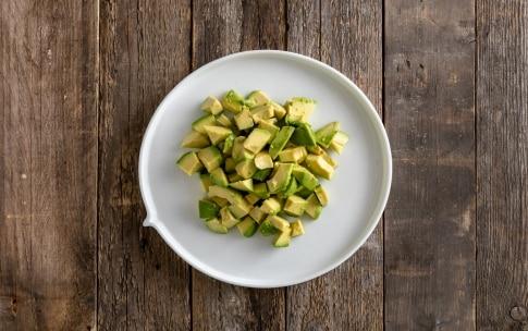 Preparazione Insalata di avocado - Fase 1