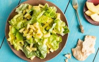 Insalata di lattuga e ananas