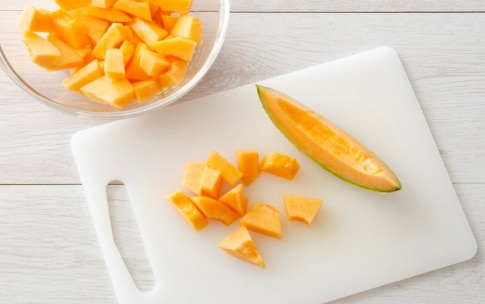 Preparazione Insalata di melone e rucola - Fase 1